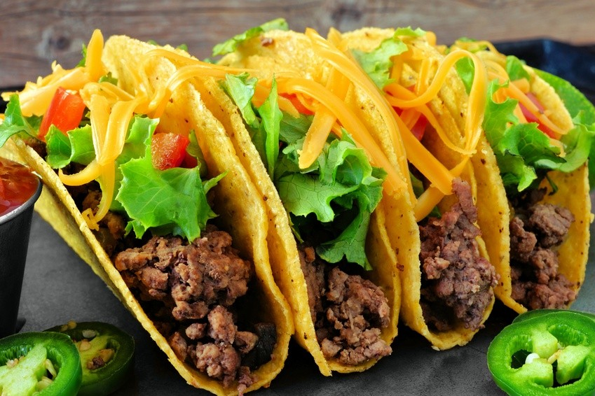 The 3 Taco-Eating Strategies That Almost Everyone Uses
